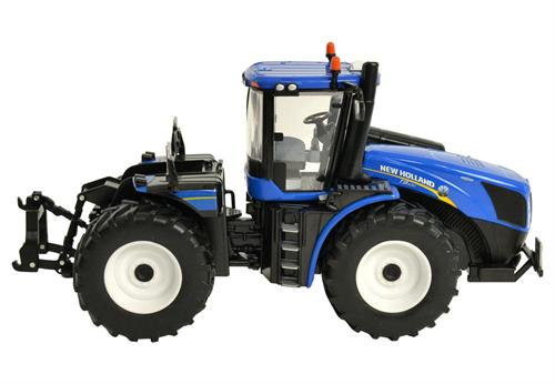 New Holland T9.530 Tractor - 1:32 - Britains