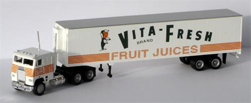 "Freightliner, 48"" trailer ""Vita-Fresh Fruit Juices"" - H0 - Con-Cor"