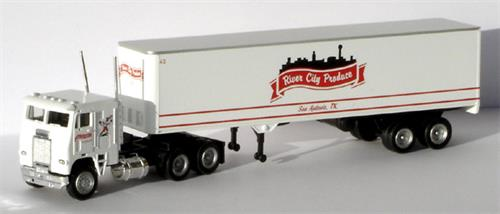 "Freightliner, 43"" trailer ""River City Produce"" - H0 - Con-Cor"
