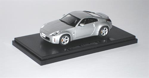 Nissan Fairlady Z33 Coupe, 2005 - 1:43 - Ebbro