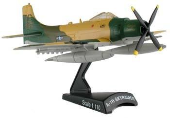 "A1H Skyraider ""Midnight Cowboy"" - 1:110 - Model Power"