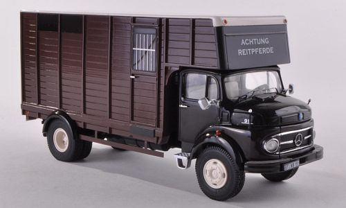 "Mercedes-Benz L911 hestetransport, brun - Lim. 500 ""Unique Edition"" - 1:43 - Premium ClassiXXs"
