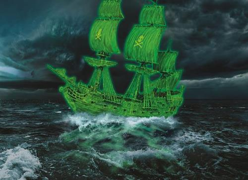 "Ghost Ship - 1:150 - ""easy-click system"" - Revell"