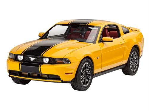 2010 Ford Mustang GT - 1:25 - Revell