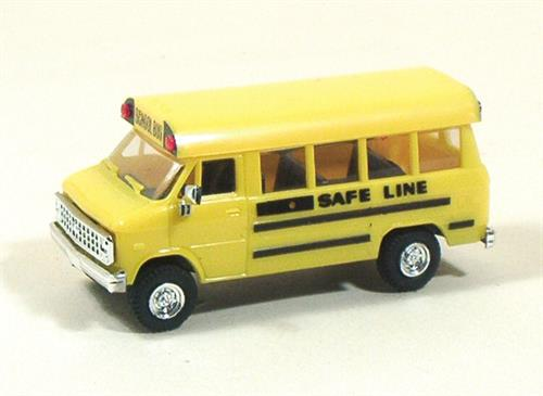"Chevy, School Bus ""Safe Line"" - H0 - Trident"