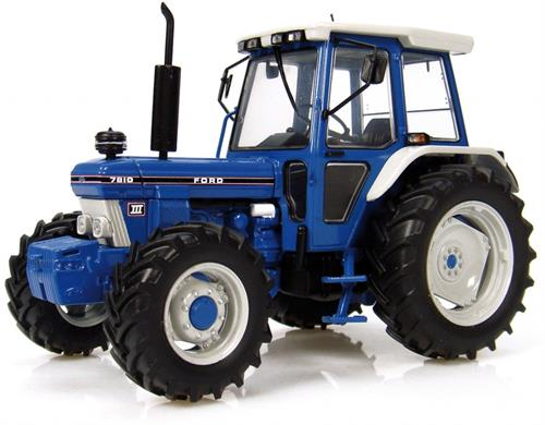 Ford 7810 4WD (1987) Generation III - 1:32 - Universal Hobbies