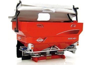 Kuhn Axis 40.1 sprayer w/soft top cover - 1:32 - Universal Hobbies