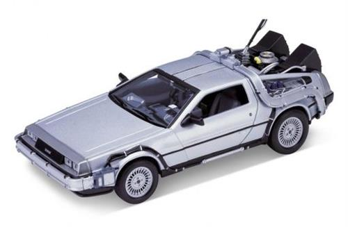 "1983 DeLorean ""Back to the Future I"" - 1:24 - Welly"