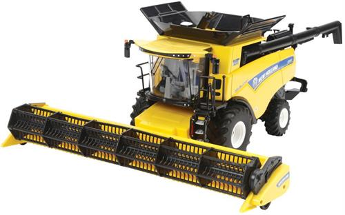 "New Holland Combine Harvester CR9.90 ""45th anniversary"" - Limited Edition - 1:32 - Britains"