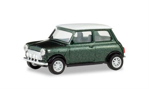 Mini Cooper with additional headlights, british racing green - 1:87 / H0 - Herpa