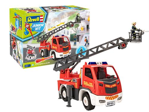Fire brigade ladder wagon with figure - 1:20 - Junior Kit - Revell