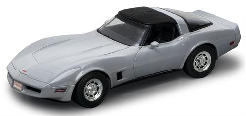1982 Chevrolet Corvette Coupe, silver - 1:18 - Welly