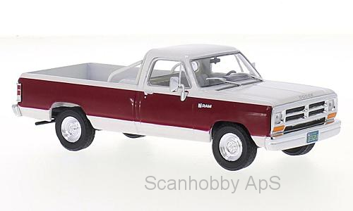 Dodge Ram (1987), white/dark red - 1:43 - WhiteBox